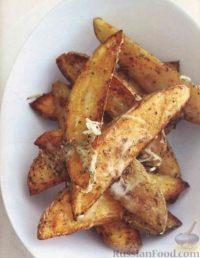 Фото к рецепту: Картофель, запеченный в духовке