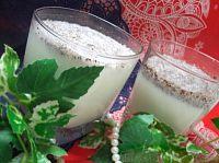 Фото к рецепту: Классический молочный коктейль