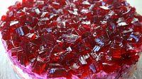 Фото к рецепту: Салат «Сельдь под рубиновой шубой»