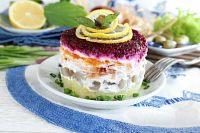 Фото к рецепту: Салат порционный «Селедка под шубой»