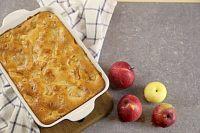 Фото к рецепту: Яблочный пирог на сметане