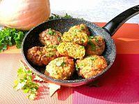 Фото к рецепту: Сочные мясные котлеты с тыквой