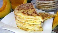 Фото к рецепту: Лепешки на кефире (хингалш)